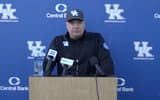 watch-mark-stoops-previews-first-road-matchup-against-south-carolina