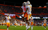 watch-57-yard-touchdown-javonta-payton-following-alabama-penalty-tennessee-volunteers-hendon-hooker