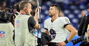 WATCH-Justin-Tucker-left-speechless-after-record-setting-66-yard-field-goal-Baltimore-Ravens-Texas-Longhorns