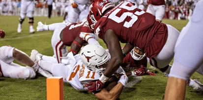 inside-the-gameplan-adjusting-against-rice-Casey-Thompson