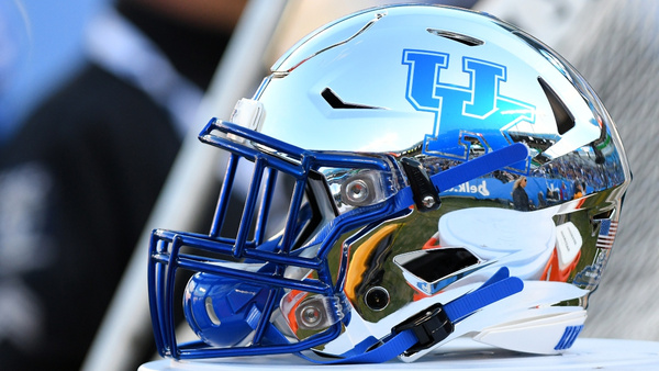 two-key-kentucky-wildcats-starters-out-for-multiple-games-marquan-mccall-josh-ali