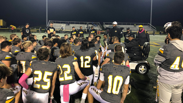 woodford-county-defeats-collins-64-21-remain-undefeated