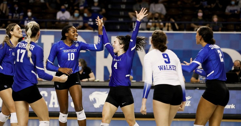kentucky-volleyball-open-scrimmage-notes-analysis