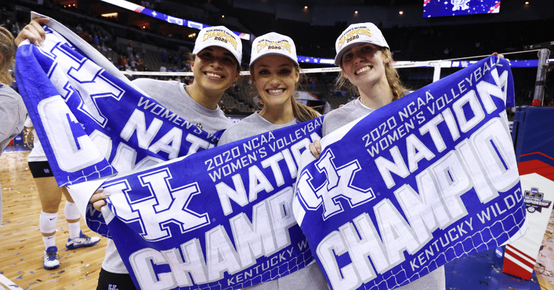 kentucky-volleyball-national-championship-banner-unveiled-sept-3