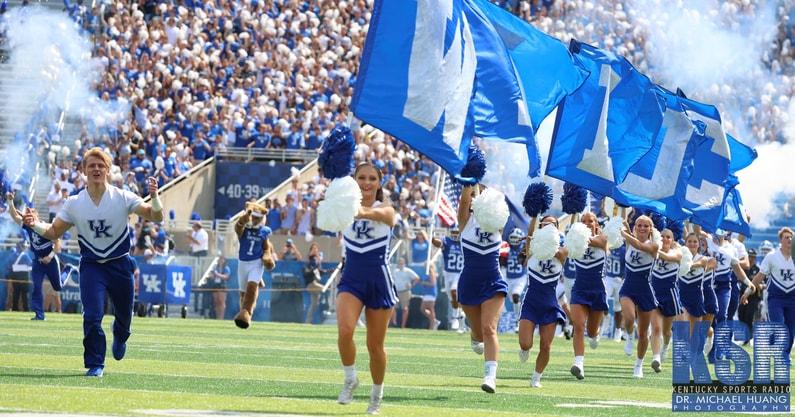 Kentucky-hosts-Missouri-Kroger-Field
