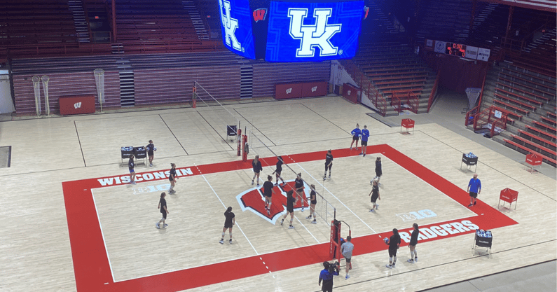 kentucky-volleyball-wisconsin-preview
