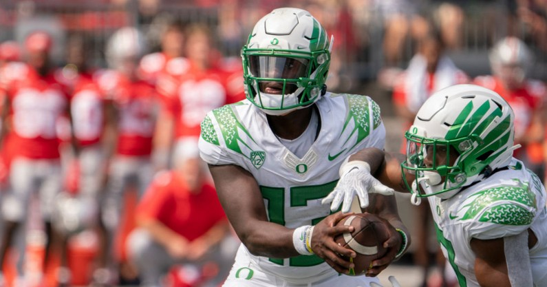with-win-over-ohio-state-anthony-brown-proves-can-lead-oregon-ducks-great-things