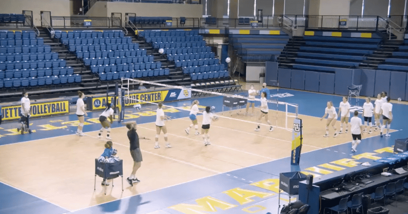 kentucky-volleyball-marquette