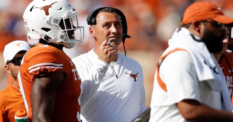 texas-longhorns-change-starting-quarterback-steve-sarkisian-casey-thompson-hudson-card