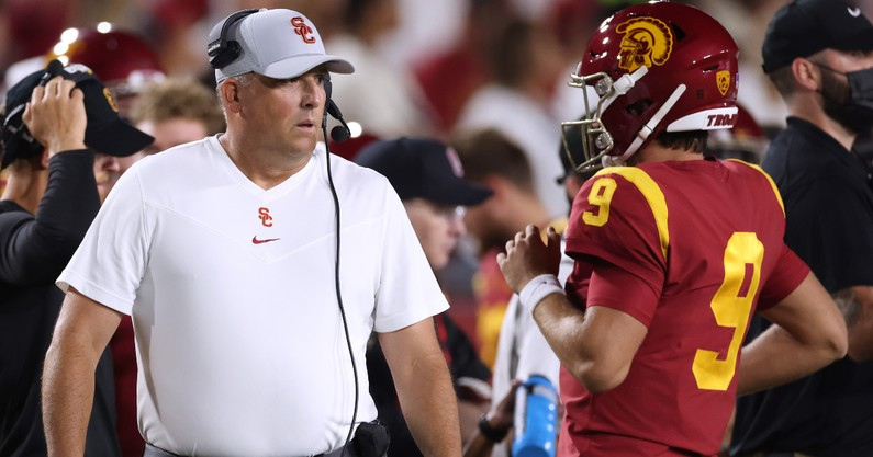 report-usc-leadership-reveals-reason-behind-clay-helton-buyout-fired