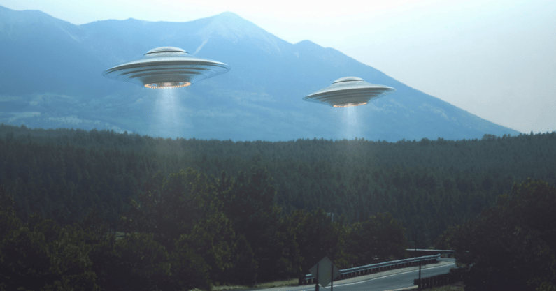 kentucky-man-shooting-aliens-outside-hotel