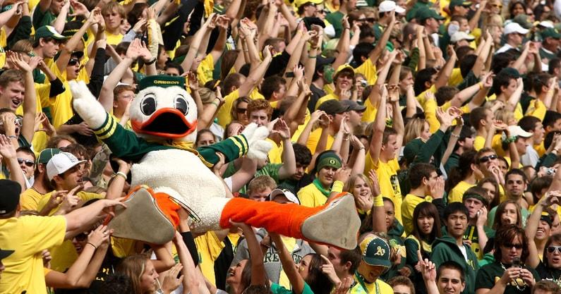 fans-that-left-duck-revealed-oregon-ducks-ohio-state-buckeyes
