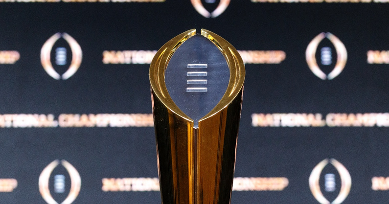 college-football-playoff-cfp-expansion-discussion-hold-bill-hancock-commissioners
