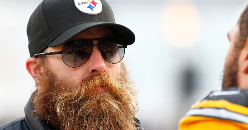 former-steelers-pro-bowler-brett-keisel-responds-to-hilarious-steelers-challenge