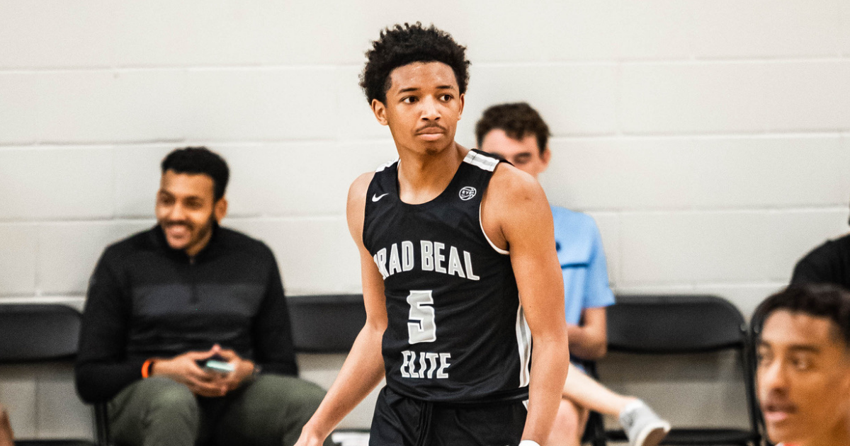 5-star guard Nick Smith down to 4 schools