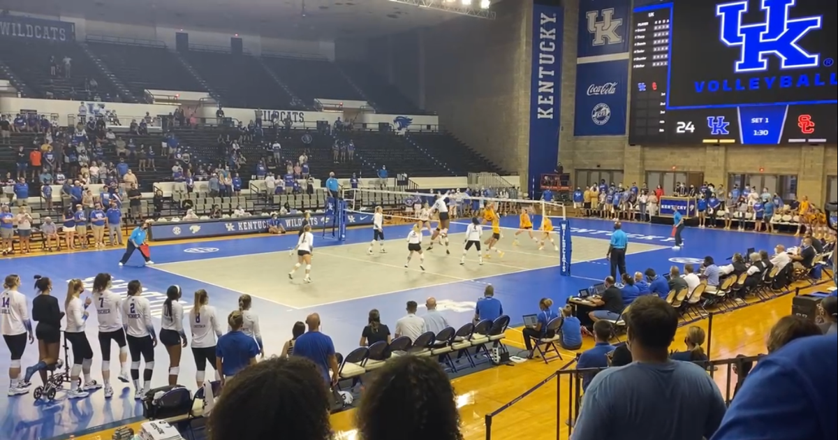 kentucky-volleyball-skinner-wisconsin