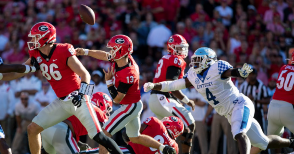 Stoops, Paschal not satisfied with execution on defense against Georgia